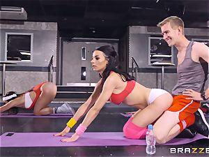 gonzo exercise with Sophia Laure
