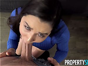 enormous backside Karlee Grey takes care of her client