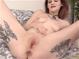 Mature breezy Isis opens up Her legs for a long man rod