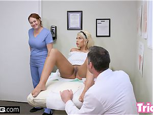 Trickery cougar Bridgette B has hookup with large prick doctor