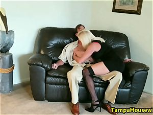 The Incall practice with a pro call girl