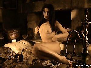 Model Indian mummy Dancing goddess