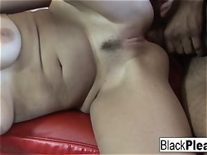 killer Vanessa ultra-kinky gets ultra-kinky with some black salami