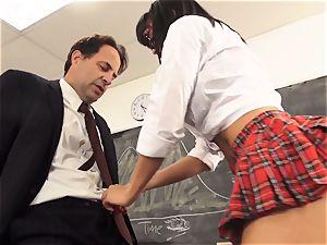 insane student Luna starlet seduces her tutor