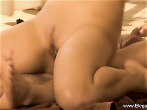 massage and pound Outdoor