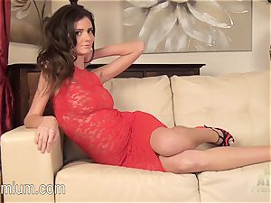 Rene starlet is red high high-heeled slippers demonstrating off her super-fucking-hot bod