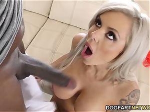 big-chested cougar Nina Elle busts On Mandingo's big black cock