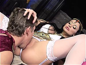 gang hookup at the museum with Aletta Ocean