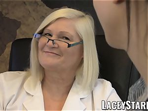 LACEYSTARR - GILF heals patient with girl-on-girl ejaculation