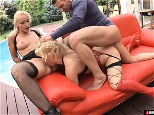 hard-core dominance threeway for light-haired pet