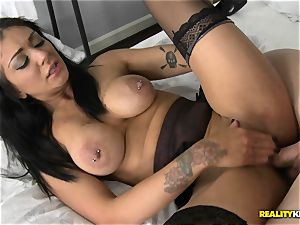 Mai Bailey nails on camera for a saucy deal