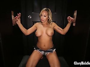 Who deep-throats nicer in the gloryhole 1 2 or 3