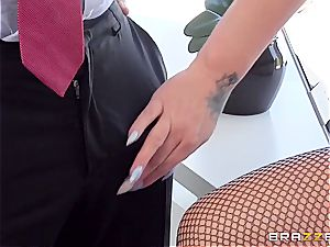 cockslut manager' rosy pucker won't tear up itself