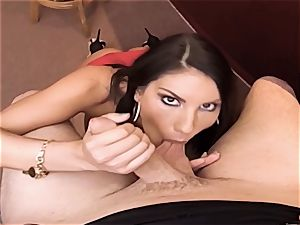 AUGUST AMES GIVE A WORLD CLASS bj AT THE BAR