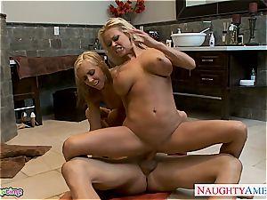 red-hot blonde Nikita Von James gets coochie pounded in three way