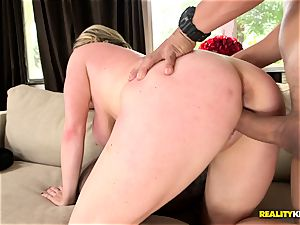 Chunky milf Maggie Green eats some stiff meat