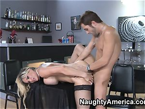 Tyler Faith The cougar With Kris