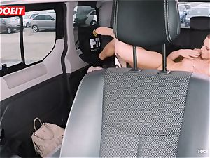 LETSDOEIT - naughty Czech tempts and boinks Uber Driver