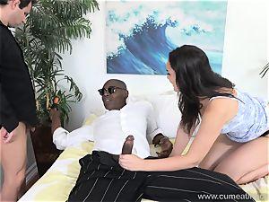 Paisley Parker Gets ebony manhood and husband eats Up spunk