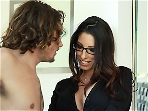 Taylor Reed smashes her boy with Dava Foxx