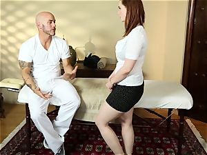 sumptuous red-haired Siri gets his load on her face