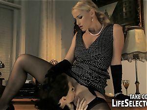 Kathia Nobili with Sophie Lynx in threesome