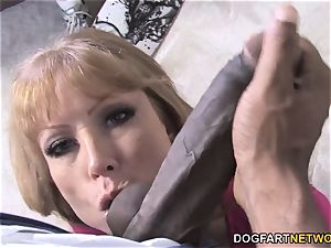 huge-boobed mummy Darla Crane Takes bbc In Front Of Her sonnie