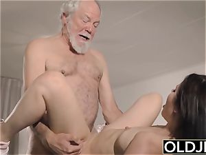 nubile Interrupts grandpa from Yoga And deep-throats his fuckpole