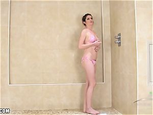 Ashleigh McKenzie wet in the douche
