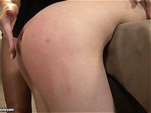 Anna Marie La Sante munch the frigs of a naughty slut