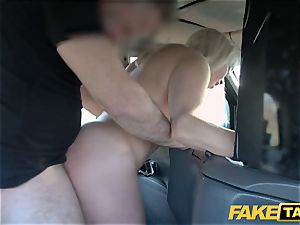 fake cab ash-blonde cougar Victoria Summers drilled in a cab