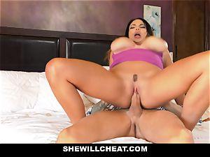 SheWillCheat - Mature wifey Gets Her fuckbox Piped