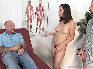 Jade Nile Has Her husband blow shaft and see Her