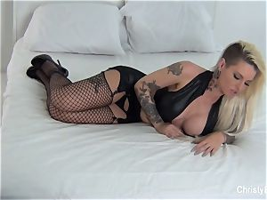 Behind the episodes with Christy Mack and Kirsten Price