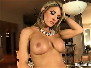 rock hard bodied Abby shows off her rocking assets