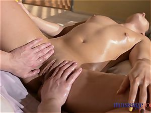massage rooms heavy and sensuous climaxes mind-blowing Russian